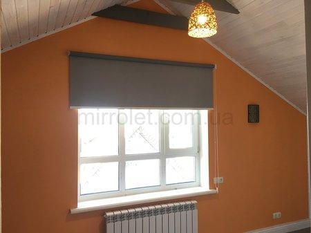 шторы блекаут серые